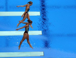 Synchro-Diving-300x230
